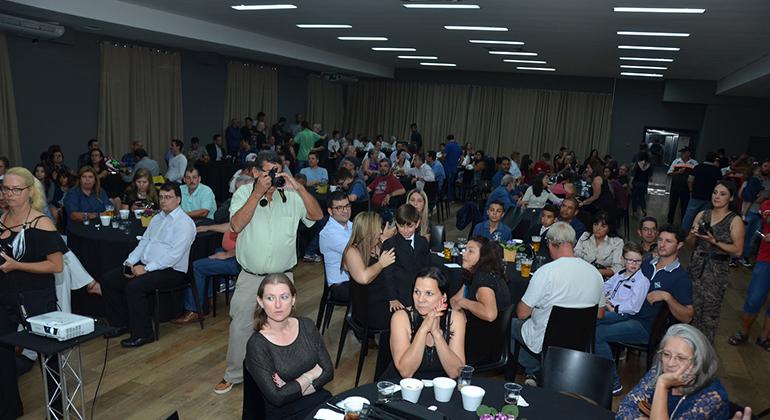 Cerca de 400 pessoas prestigiaram a Noite de Gala 2017/2018 da FASP, no Speedland (Márcio de Luca)