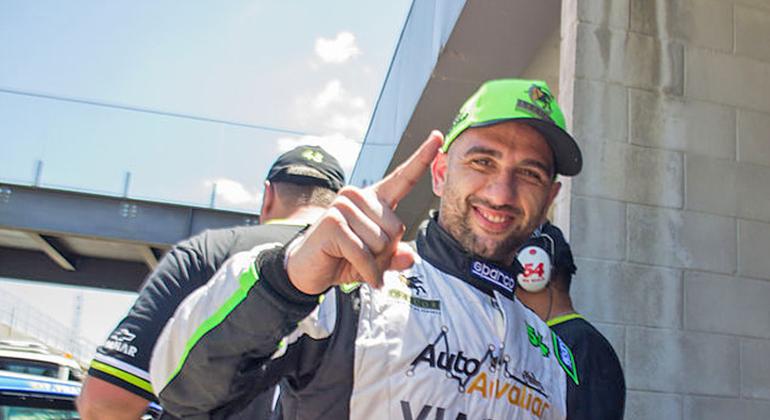 Atual campeão da Old Stock Race, Rafa Lopes esteve imbatível no fim de semana
