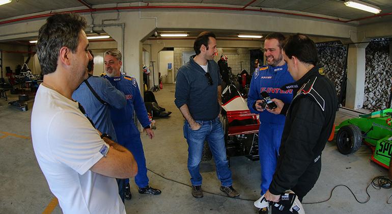 No pacote Test Day instrutores ensinam dicas desportivas e de pilotagem (Rodrigo Ruiz)